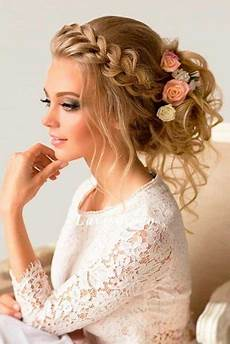 how to match your hairstyle to your wedding dress