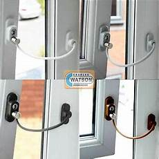 securite fenetre enfant fen 234 tre porte r 233 ducteur enfant s 233 curit 233 de la maison