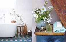 deko ideen fürs bad deko und badezimmer ideen blumen f 252 rs bad