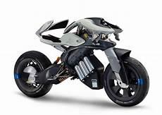 yamaha les concepts motoroid mwc 4 et motobot2 au salon