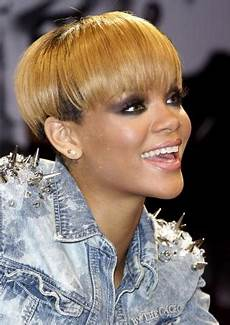 pictures rihanna s short haircuts best styles over the years rihanna bowl cut hairstyle