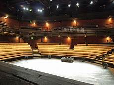 young vic main house seating plan 0902 young vic 8 almost completely rebuilt and