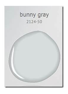 bm bunny gray 2124 50 master bathroom wall color