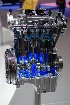 ford expands production of efficient ecoboost engines