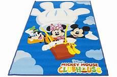 tappeti per bambini disney 40 fantastici tappeti disney per bambini pianetabambini it