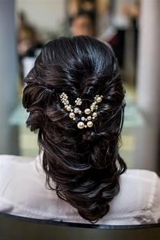 Foto Model Rambut Cantik Untuk Pesta Dan Acara Pernikahan