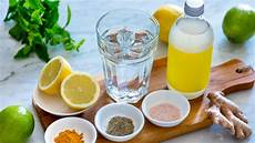 Detox Wasser Selber Machen So Helfen Die Erfrischenden