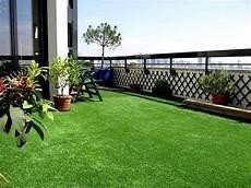 gazon sur terrasse balcon terrasse gazon synth 233 tique et pelouse artificielle