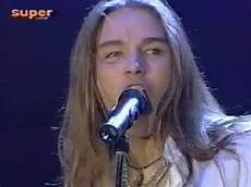gil ofarim freundin gil ofarim out of my bed