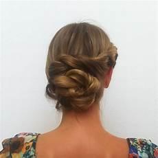 knoten im nacken frisuren mit spiral haargummi yskgjt