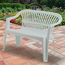 banc de jardin en resine banc de jardin 114 cm en r 233 sine plastique blanc dya