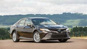 2019 Toyota Camry Hybrid Preview Pricing Release Date