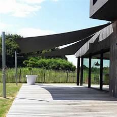 toile triangulaire pour terrasse bois couleur gris