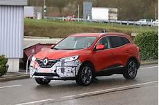 2019 Renault Kadjar Facelift Shows Redesigned Grille In