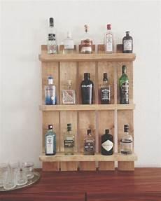 regale aus paletten bauen einen gin tonic bitte regal aus palette regal aus