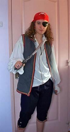 Fabriquer Un Costume De Pirate Costume De Pirate A Faire Soi Meme