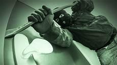 smarte alarmanlagen mehr sicherheit im einbr 252 che smarte alarmanlagen helfen einbrechern statt
