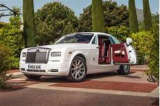 roll royce phantom rolls royce phantom ends production this year replacement due in 2018 automobile magazine