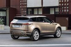 5 of the most futuristic things in the 2020 range rover evoque