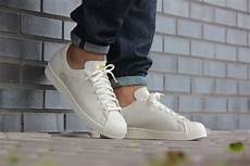 adidas superstar 80 s clean white gold s32025