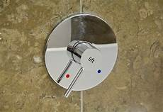 einbau mischbatterie dusche mischbatterie dusche dichtung wechseln abdeckung ablauf