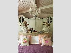 Distressed Vintage Bedroom Inspiration