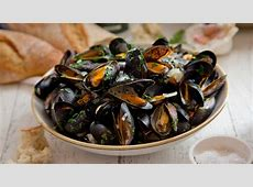 mussels in green sauce_image