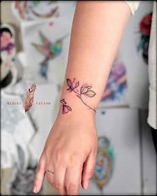 handgelenk und armband tattoos f 252 r frauen m 228 nner