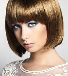 Eleganter Bob Cut Bob Frisuren Mit Pony