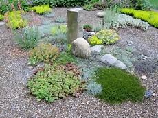 Kiesbeet Pflanzen Gestalten - reader photos tim s garden in ohio day 1 the gravel