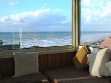location vacances vue mer vue panoramique exceptionnelle sur la mer de la baie de