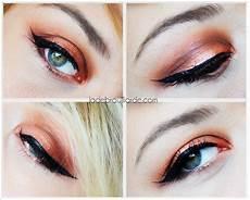 maquillage orange yeux verts
