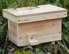 bumble bee house plans how to attract bumbles to an artificial nest bumble bee