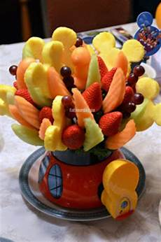 melone kunstvoll schneiden eat your city edible arrangements healthy and