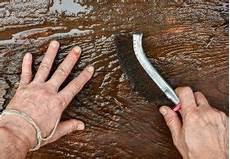 Alte Holzbalken Behandeln - holzbalken b 252 rsten 187 warum und wie wird s gemacht