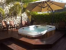 Whirlpool Für Terrasse - 10 spektakul 228 re ideen f 252 r eine terrasse mit whirlpool