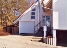 dachaufbau garage garage mit dachaufbau fertiggarage de markenverbund