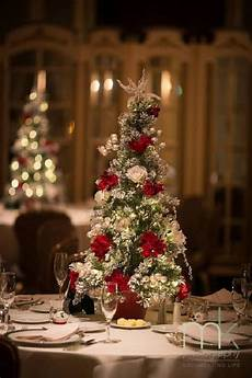 30 red and green scandinavian winter wedding ideas deer
