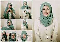 Kreasi Jilbab Wisuda Untuk Wajah Bulat Model Jilbab