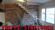 richtig streichen weiß quot treppe streichen quot zeitraffer