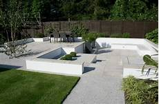 Contemporary Garden Follis Garden Design