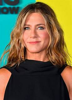 Jennifer Aniston Jennifer Aniston Has Been Using This Budget Moisturiser