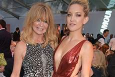 goldie hawn tochter kate hudson confirms goldie hawn s schumer project
