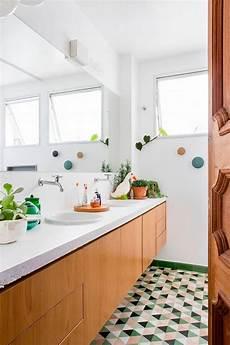 wohnen in grün schwimmende eitelkeit in holz mit einer zement