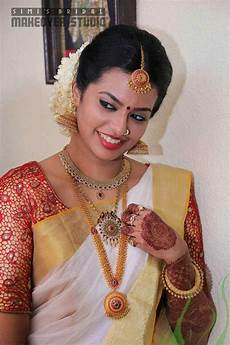 kerala bride in simple traditional style kerala bride