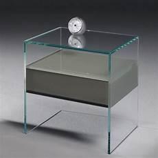 Pure Glas Nachttisch Von Dreieck Design
