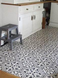 vinyl in der küche nostalgie in der k 252 che diese mosaik zementfliesen sind