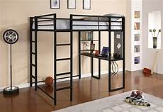Mezzanine En Metal Le Lit Mezzanine Et Bureau Plus D Espace Archzine Fr