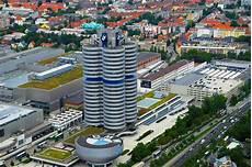 bmw headquarters in munich pics