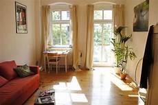 Lichtdurchflutetes Wg Zimmer In Berlin Mit Holzboden